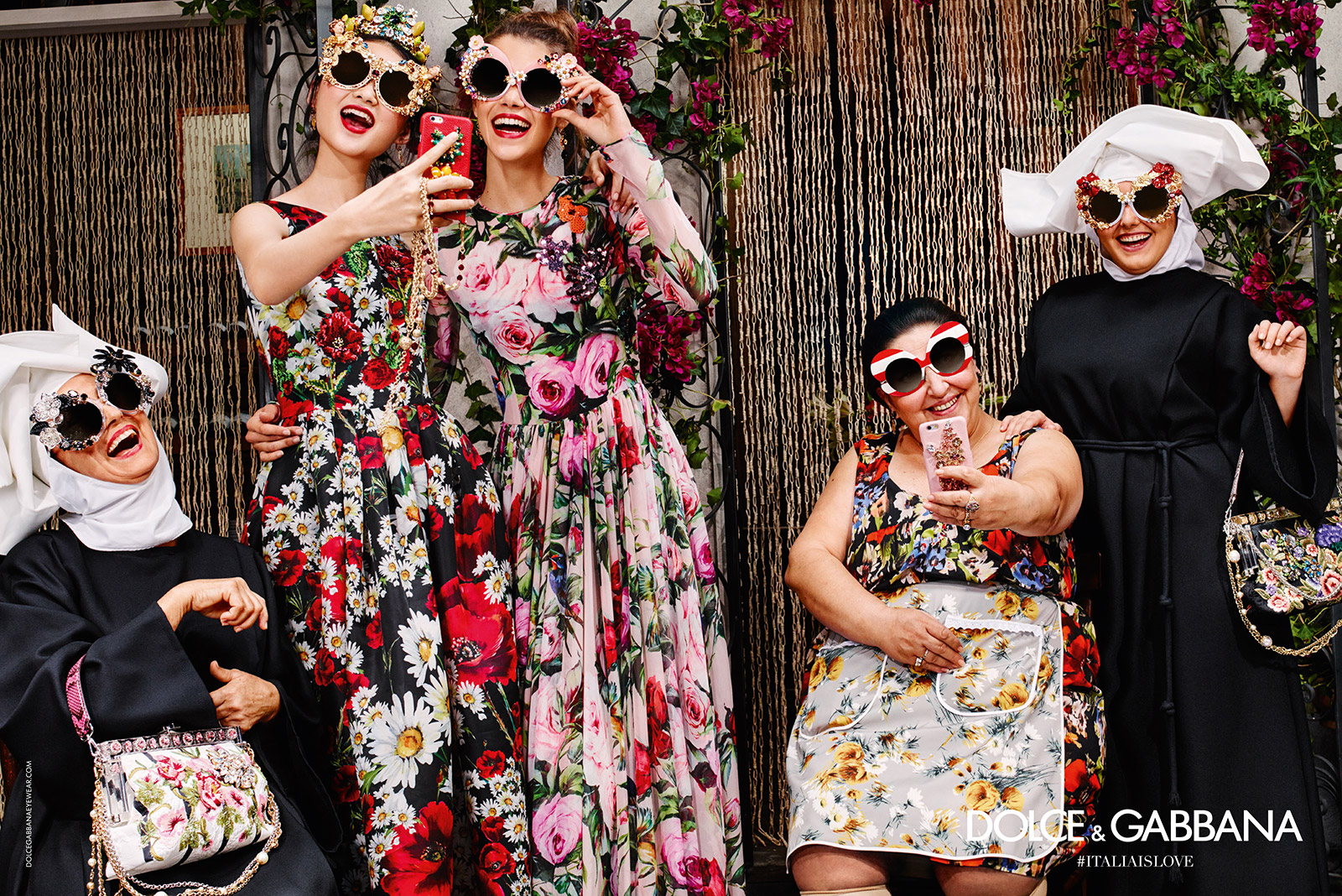 91_dolce-and-gabbana-summer-2016-sunglasses-women-adv-campaign-04-zoom