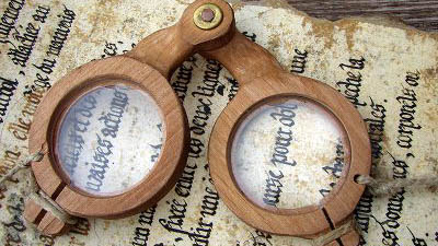 La folle histoire des lunettes: De l'origine jusqu'au moyen-âge